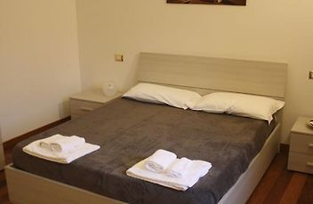 Super My Room Old Town Bologna Home Interior And Landscaping Oversignezvosmurscom
